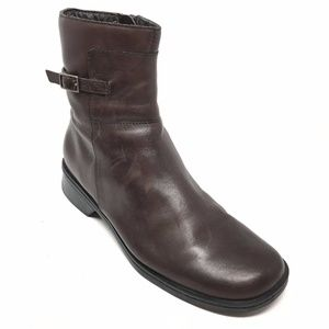Women's Clarks 32816 Ankle Boots Shoes Size 7.5M